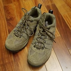 18f5a5d64470 Coleman Shoes - Coleman Women s Tan Low Hiking Boots Size 6